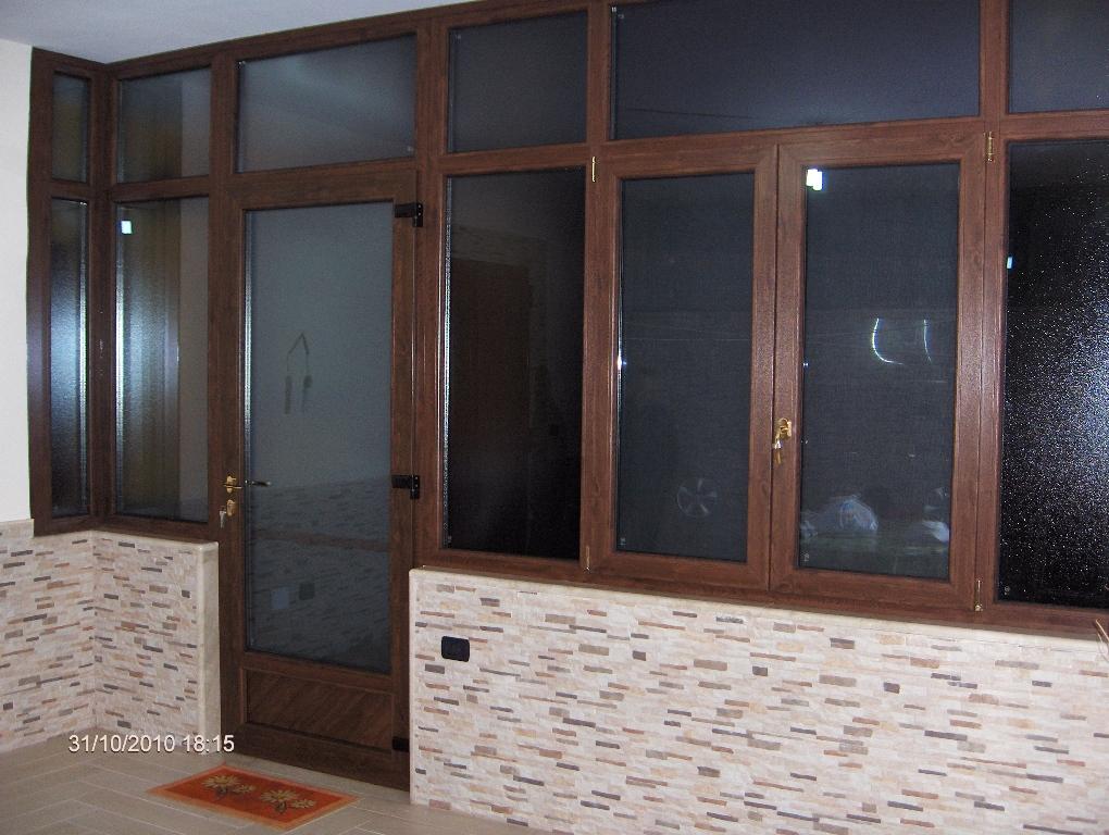 infissi in pvc napoli vivicasa srl. Black Bedroom Furniture Sets. Home Design Ideas